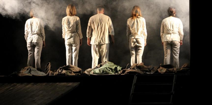 Спектакль Государственного  молодежного драматического театра «На окраине»